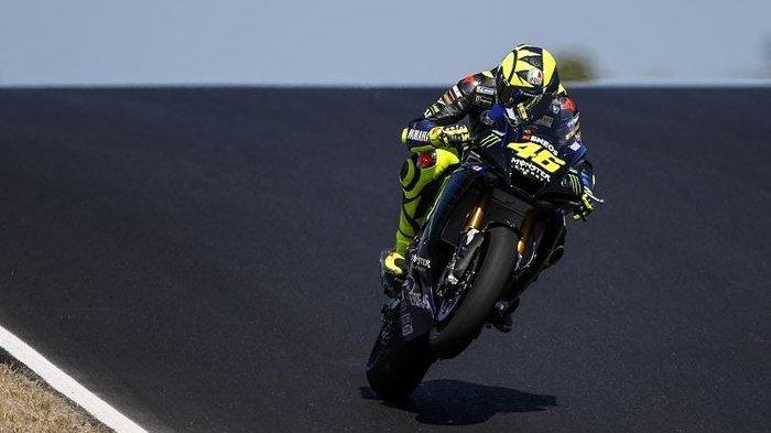 Juara Dunia MotoGP 2020 Joan Mir Sebut Valentino Rossi Orang Tua yang Keterlaluan